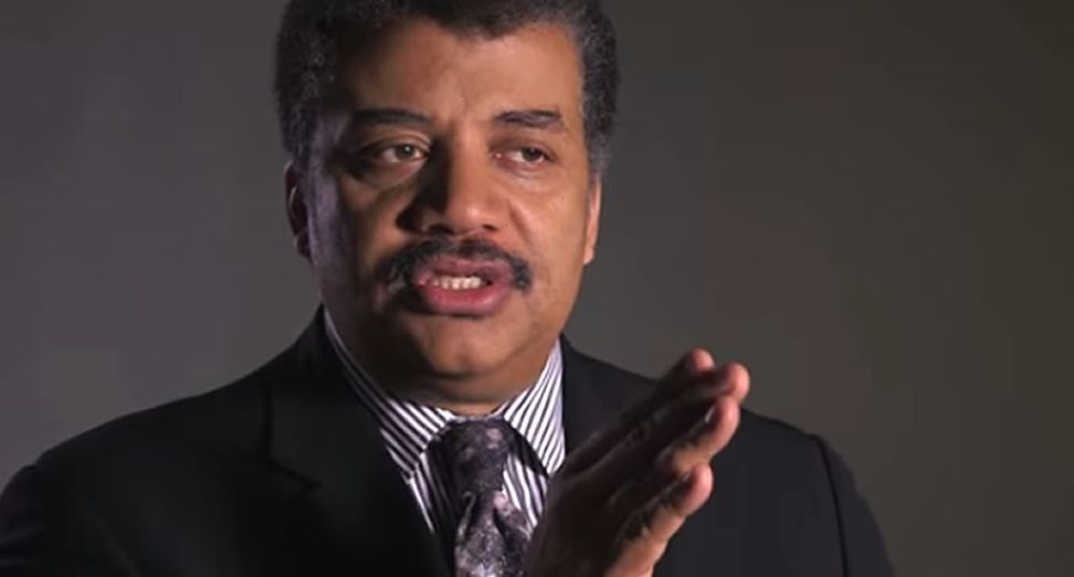 """Neil deGrasse Tyson uses science to destroy the age-old racist """"monkey"""" slur once and for all"""