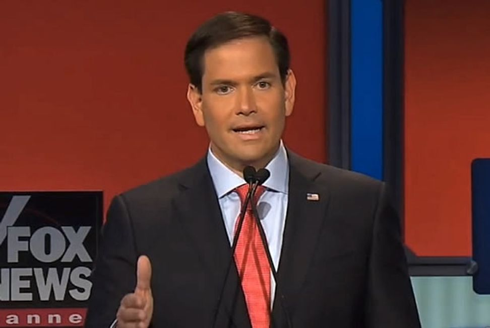 Marco Rubio's trickle-down nonsense: Tax cuts for the rich make sense because his father was a bartender!