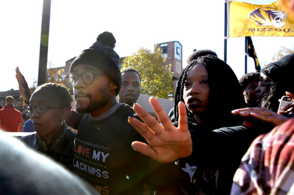 Missouri activists vs. the press is still a story about race: This is what happens when black students can't trust the media