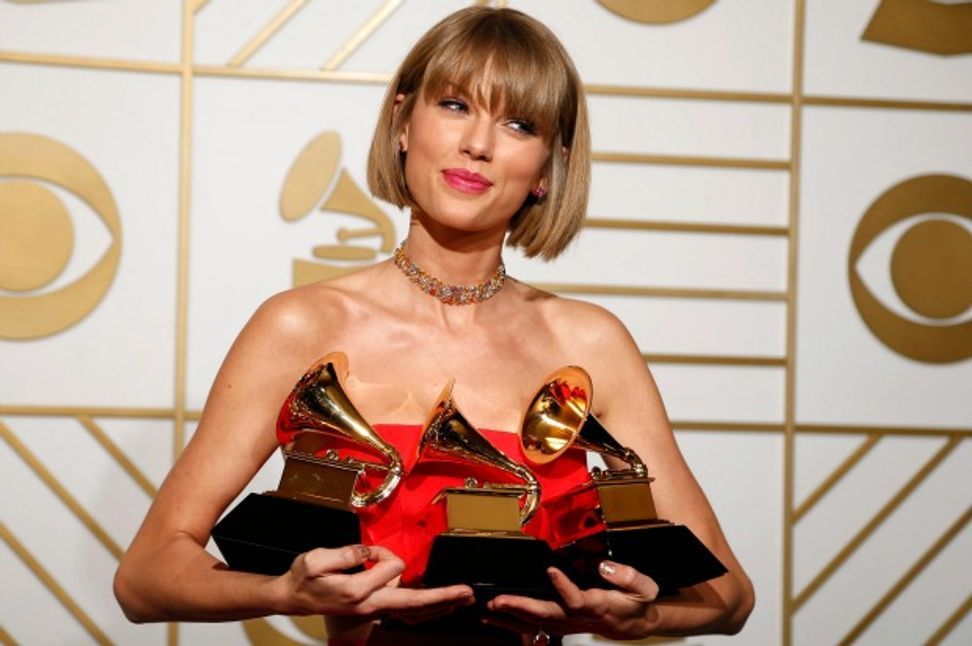 Taylor Swift is everything that's wrong with the Grammys and the music industry: Sanitized, self-congratulatory and safe