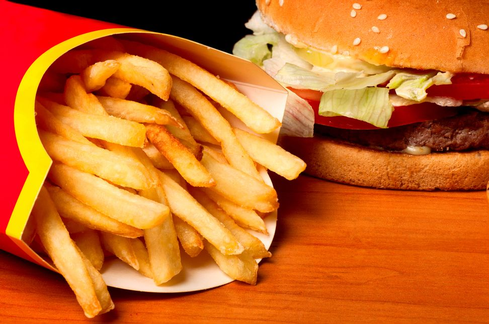 The deeply unnerving way fast food packaging screws with your hormones | Salon.com