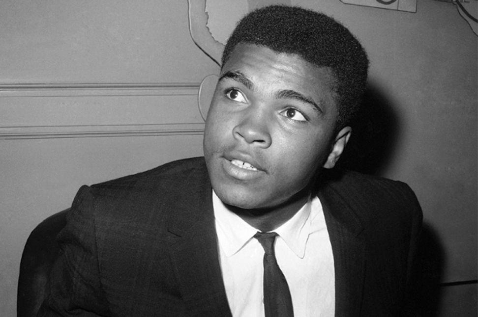 """He stood for the world"": Muhammad Ali — ""The Greatest"" — is dead at age 74 