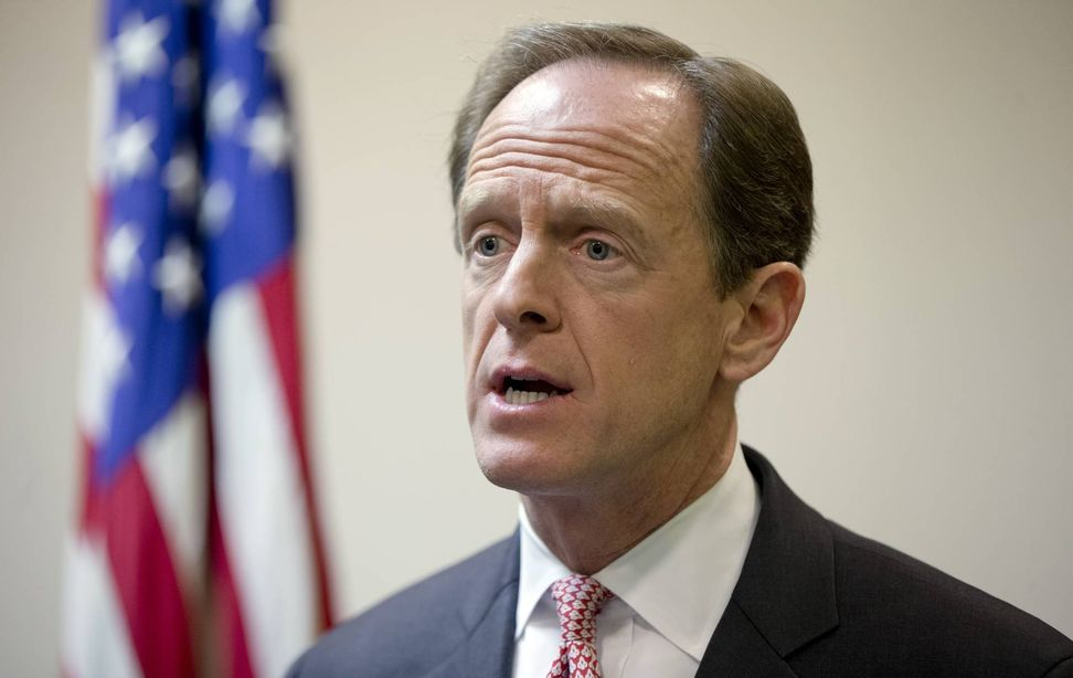 Pennsylvania man arrested after asking Sen. Pat Toomey a question about deportations