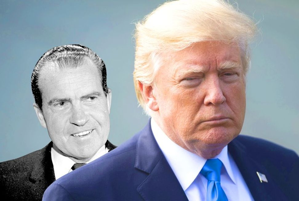 Watergate prosecutor says Mueller has Trump cornered