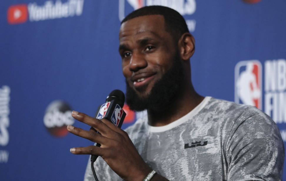 "President Trump's ""racist"" tweet about LeBron James backfires, sees criticism from all sides"
