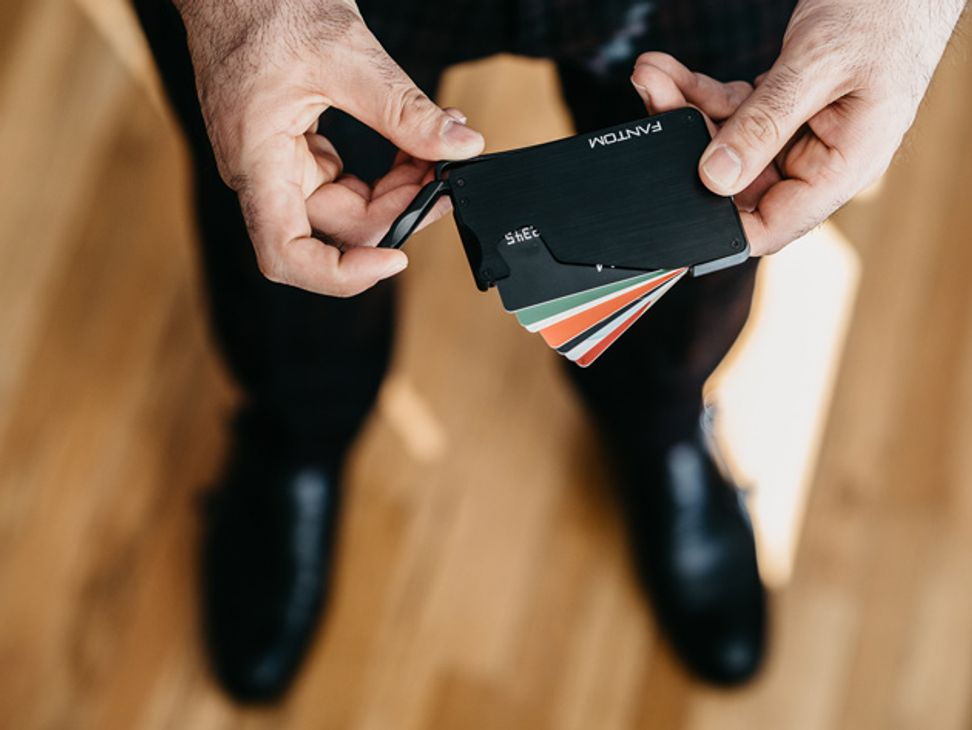 This ultra-slim wallet features RFID-protection