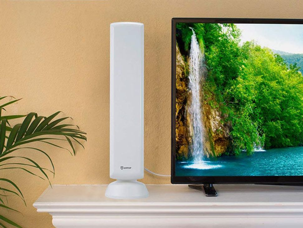 Cut the cord this holiday with a digital TV antenna
