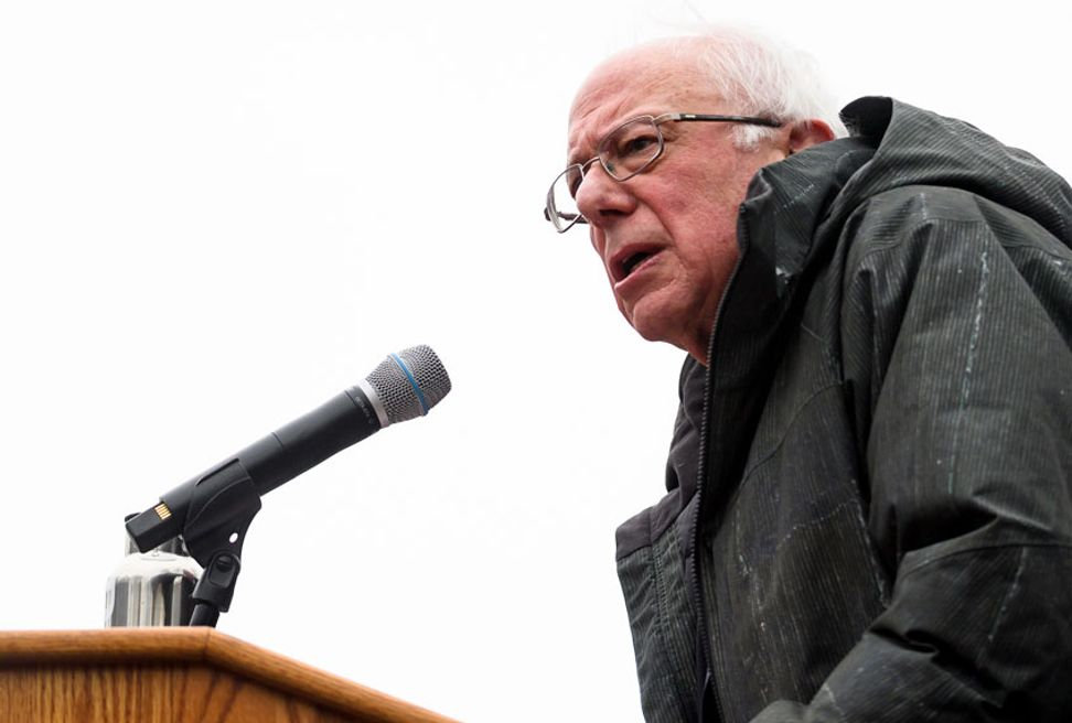 """A message to corporate CEOs across the country,"" says Sanders, after Wabtec workers strike victory 